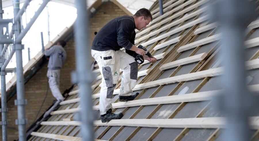 I de danske kommuner er der stor forskel i prisen på, hvor meget det koster at få behandlet en byggesag. Scanpix/Keld Navntoft