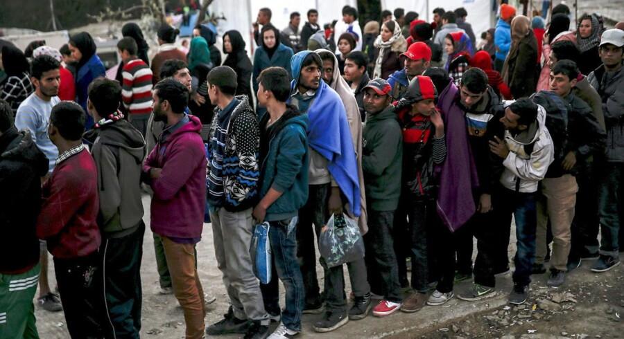 Arkivfoto. For ca. en måned siden sænkede regeringen sin prognose for 2017 for antallet af nye asylansøgere fra 10.000 til 5.000. Derfor forventer Finansministeriet at efterregulere udviklingsbistanden senere.