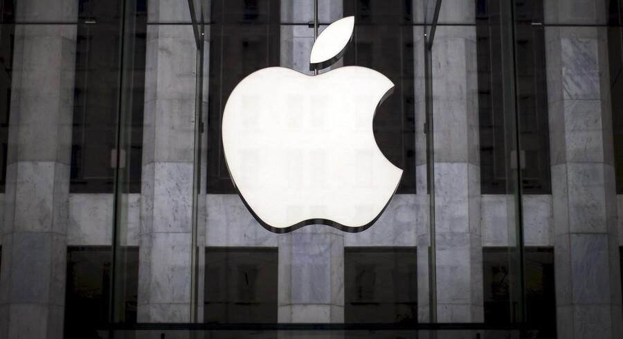 Den seneste tids hårdt prøvede Apple-aktionærer kan onsdag finde lyspunkter i en statistik over leverancerne af smartphones til det kinesiske marked.