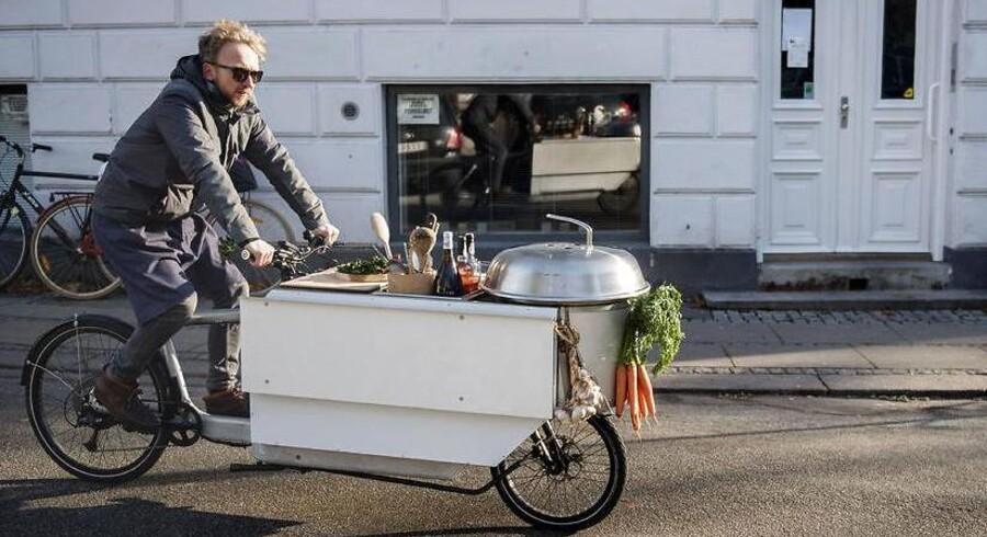 Morten Kryger Wulf er cykelkok. Han har selv bygget den, og driver den ligeledes. Konceptet lyder, at man bestiller ham til et selskab, hvor man spiser de forskellige retter forskellige steder i byen. Hummeren steges på cykelturen fra velkomstdrinken til forretten, og bøffen vendes, imens han holder for rødt. Morten kan håndtere selskaber på op til 25 mennesker.