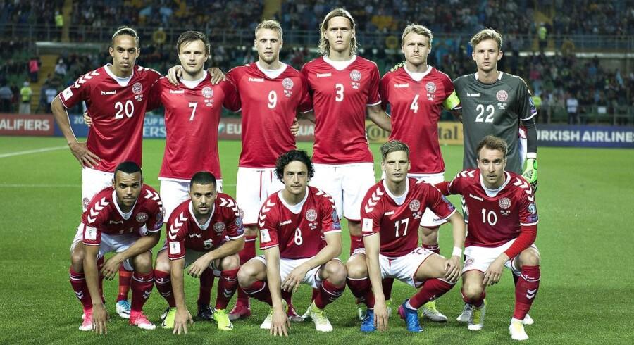 Kasakhstan - Danmark , VM-kvalifikation, Central Stadium, Almaty, 10.juni: Danmarks holdopstilling før kampstart . (foto: Henning Bagger / Scanpix 2017)