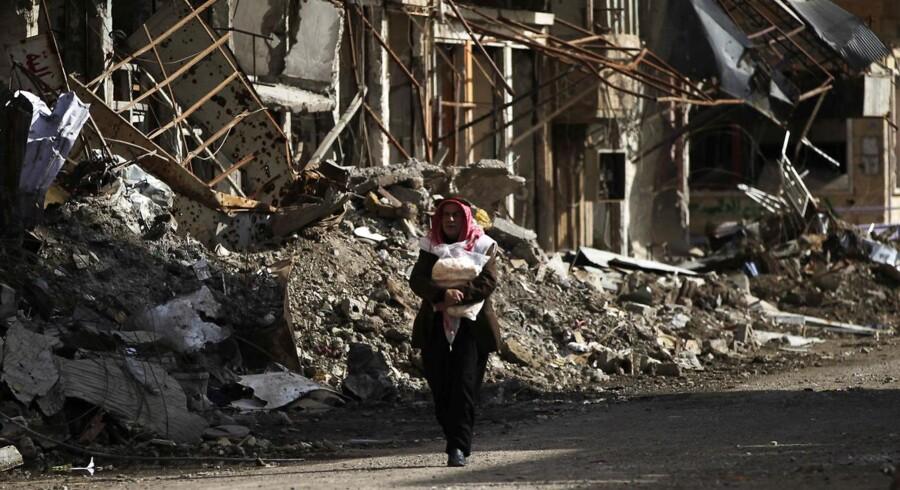 Efter tre års kamp har den syriske hær erobret byen Deir al-Zor fra Islamisk Stat.