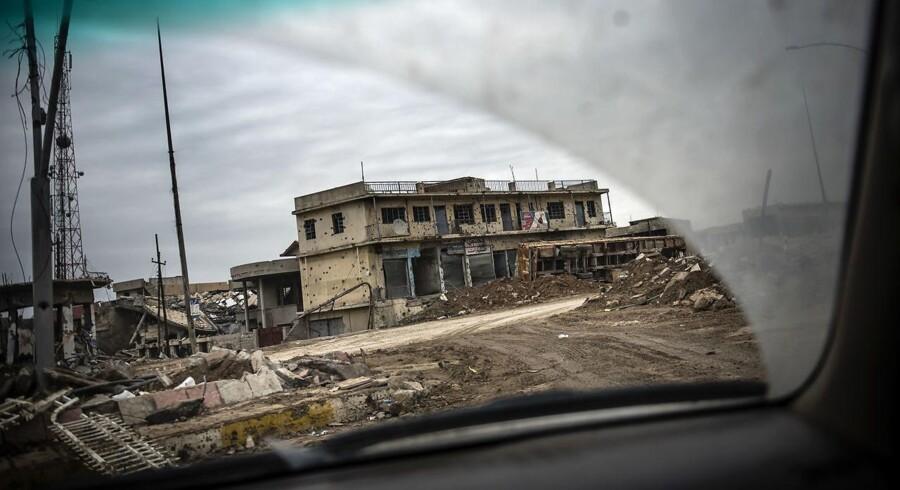 Ødelæggelser i udkanten af Mosul efter kampene for at overtage byen fra ISIS (Islamisk Stat).