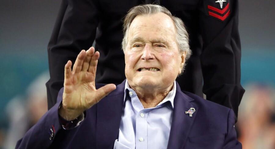 Den tidligere præsident George H.W. Bush er blevet udskrevet. REUTERS/Adrees Latif/File Photo