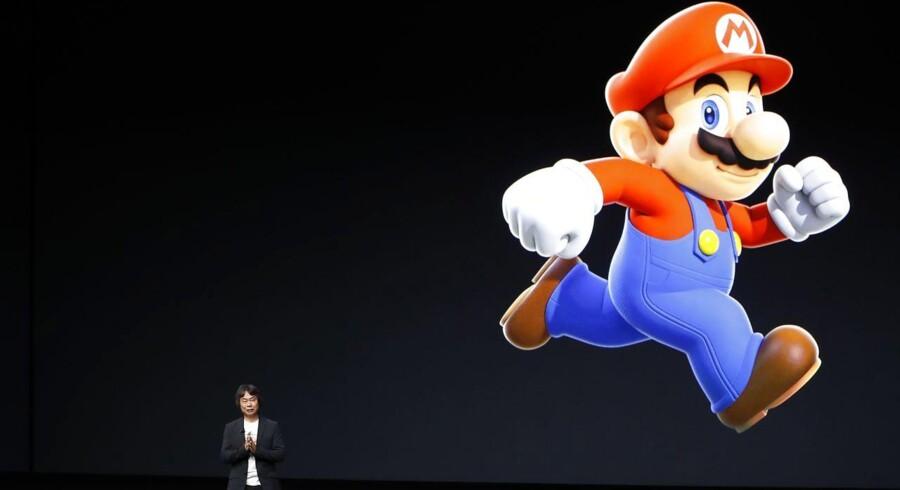 Ved lanceringen af Apples nye iPhone onsdag kom frem, at det verdenskendte konsolspil Super Mario snart også kan spilles på mobiltelefonen.