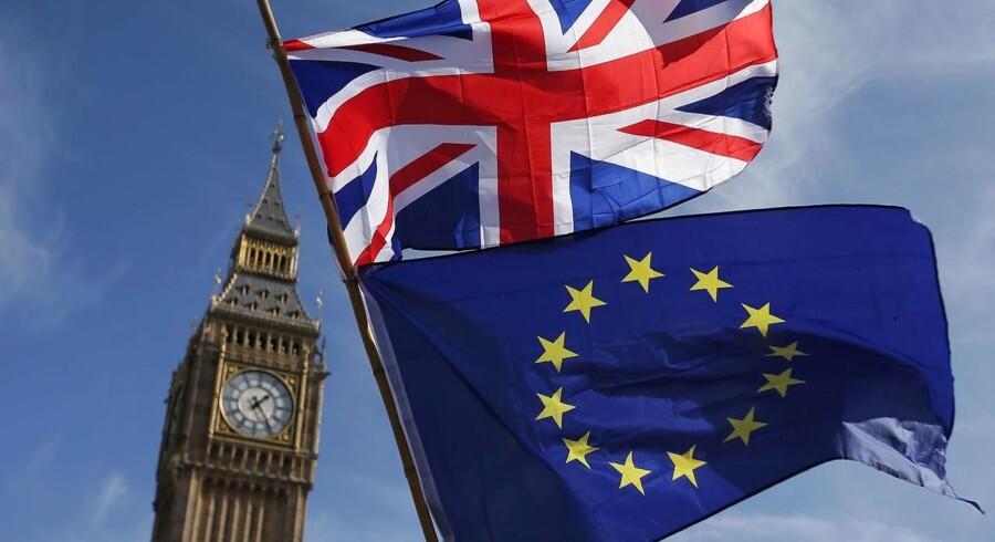 En opnionsundersøgelse, foretaget af det britiske dagblad The Times, har en overvægt af respondenter, der fortryder Brexit. Det er første gang siden afstemningen om at forlade EU.