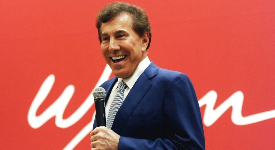 Steve Wynn trækker sig med omgående virkning som topchef for Wynn Resorts, som han selv stiftede.