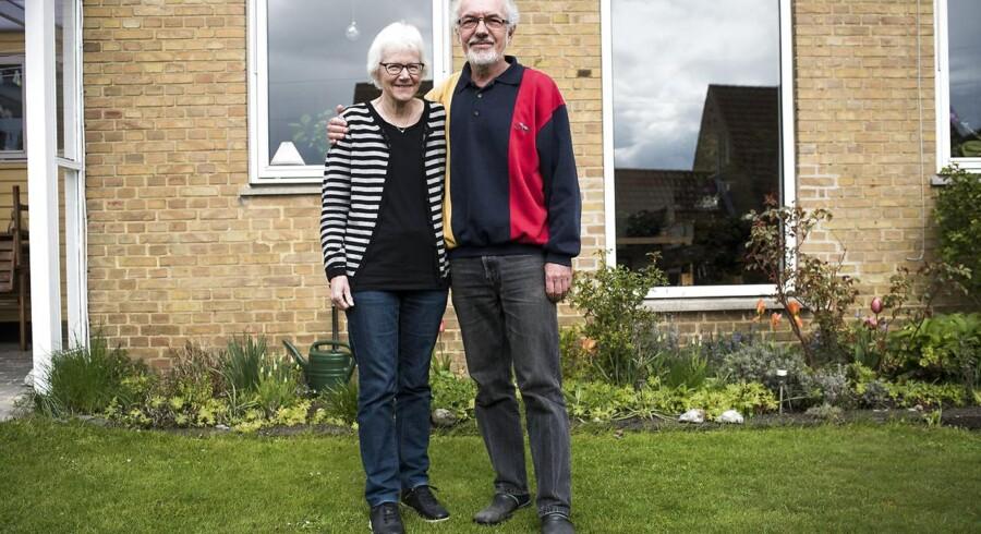 En ny undersøgelse viser at der findes en naboeffekt, som har betydning for hvilken socialklasse man kommer til at befinde sig i, også når man ser bort fra den sociale arv. Her ses i Anette og Kaj Eliasen i deres hjem i Lyngby.