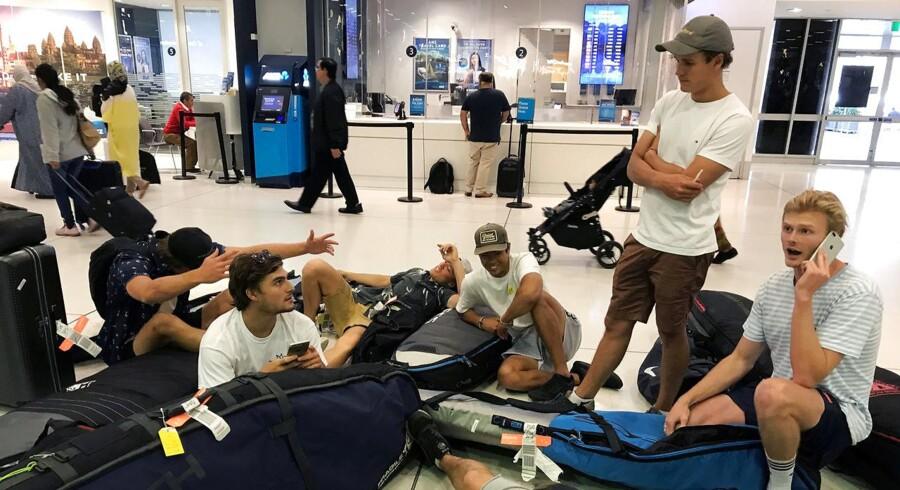 Balis lufthavn er lukket i mindst et døgn, mens en askesky hænger over øen.