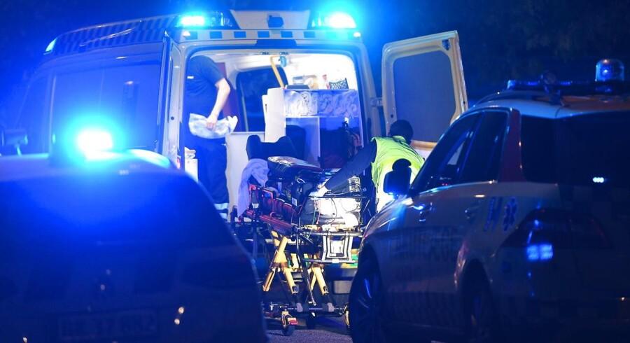 Politiet var massivt til stede efter et skyderi i København ved Ragnhildgade mandag den 16. oktober 2017.