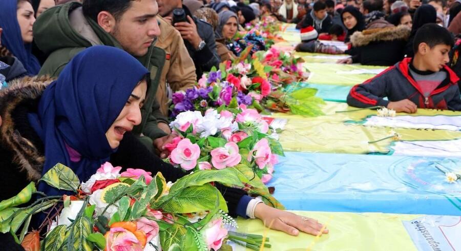 Begravelse for de afdøde medlemmer af den syriske kurdiske YPG-milits