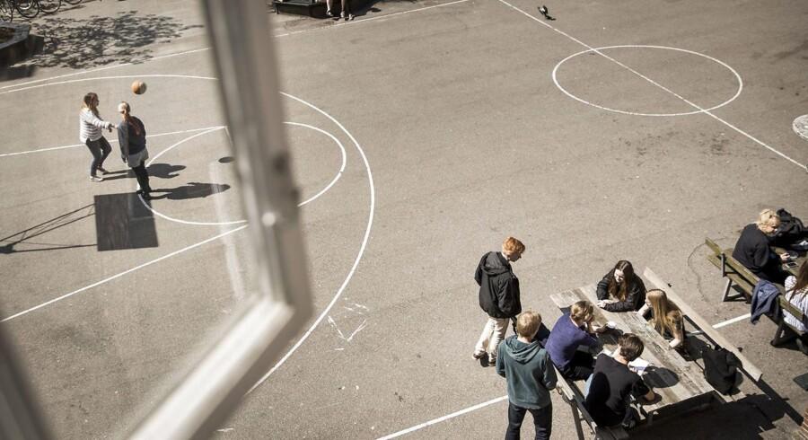 Svenske skoler melder om massive problemer med voldelige og utilpassede elever.