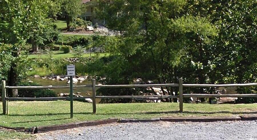 Her i Rocky Broad-floden i North Carolina fandt en lystfisker 19. juni liget af James Jeffrey Bradstreet med et skud i brystet. Men var det nu den alternative - og omdiskuterede - autismebehandler selv, der havde haft fingeren på aftrækkeren?