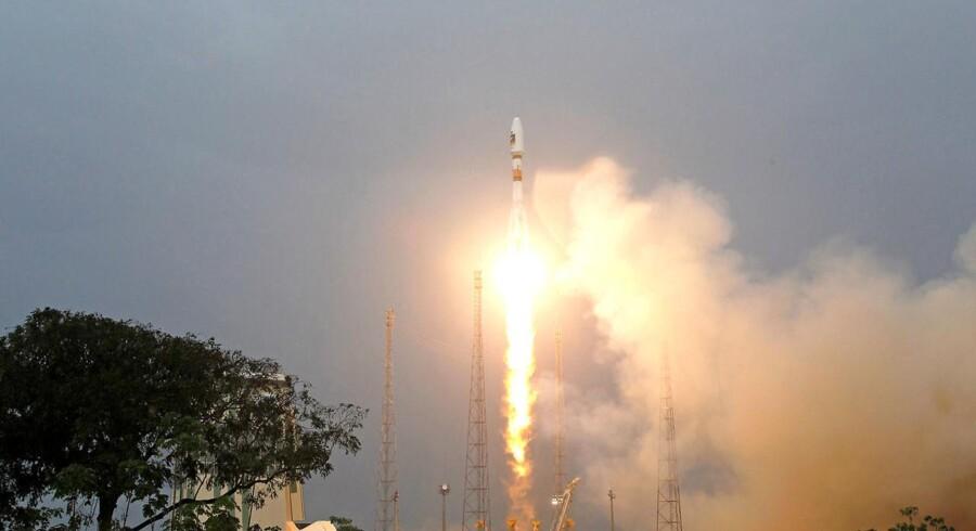 EU og Storbritannien strides om et satellit-projekt, som inden 2020 skal udgøre den europæiske udgave af det amerikanske GPS-system