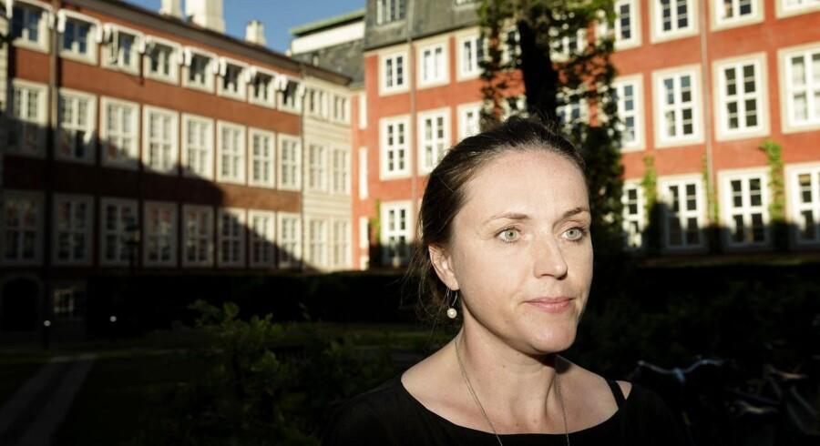 Allerede i næste uge stopper den massive logning af danskernes brug af Internet, har justitsminister Karen Hækkerup (S) besluttet.