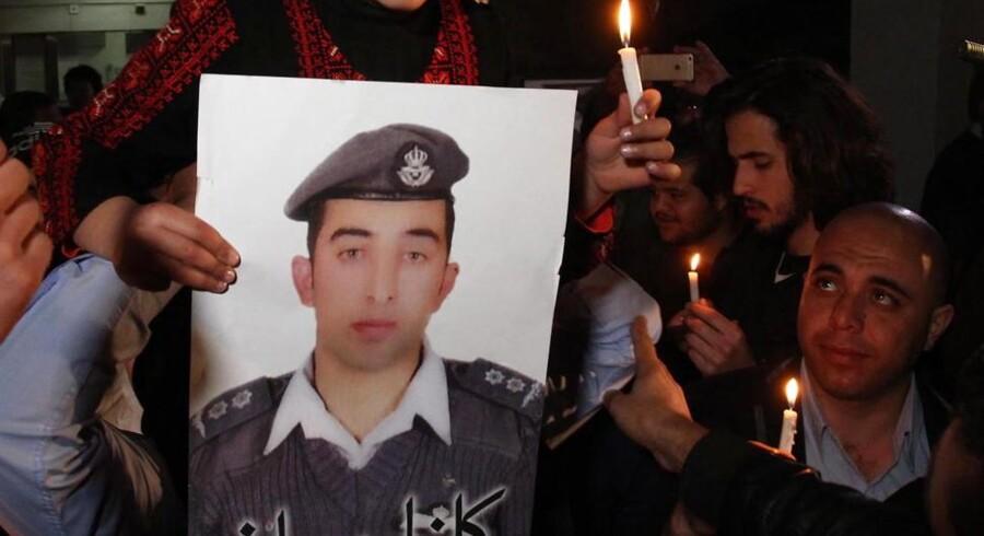 Det jordanske gidsel, Muath al-Kassasbeh, som Islamisk Stat hu hævder at have dræbt.