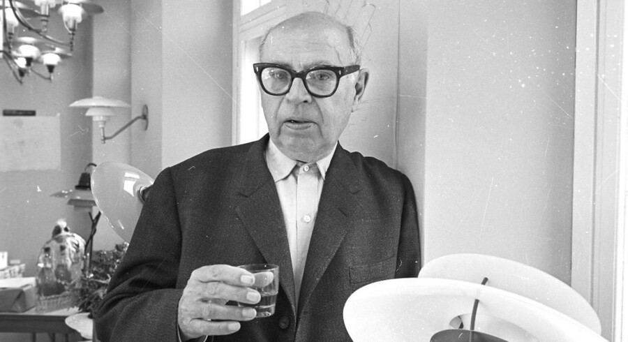 Den danske arkitekt, forfatter og samfundsrevser Poul Henningsen klandrede i 1930ere poltikerne for manglende ambitioner på kulturens vegne.