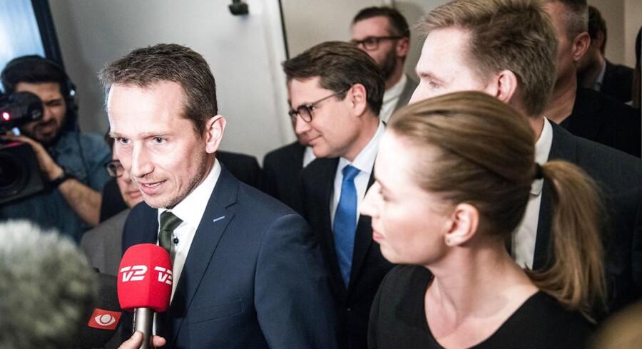 Finansminister Kristian Jensen og Mette Frederiksen præsenter aftalen om fremtidens boligskattesystem på et pressemøde tirsdag. Foto: Ida Marie Odgaard/Scanpix 2017