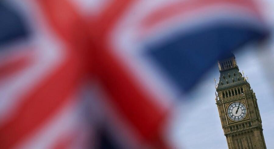Britiske selskaber kæmper med højere priser efter sommerens brexit-afstemning og frygter, at priserne fortsat presses opad i takt med, at pundet svækkes.