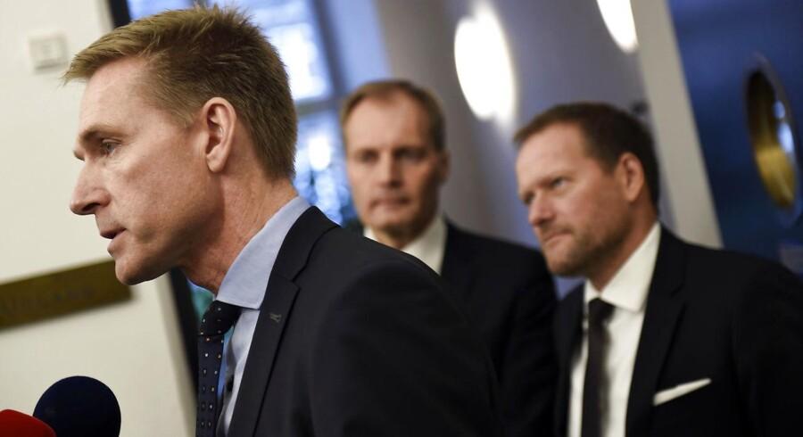»Tænk, at Dansk Folkeparti kan foreslå, at de asylansøgere, der er her på midlertidigt ophold, skal spærres inde i lejre, og deres børn skal tages ud af de danske skoler.«