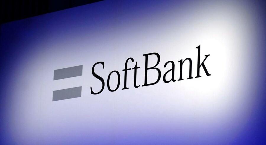Softbank lukrerer angiveligt på det positive japanske aktiemarked og barsler med en børsnotering af datterselskab.