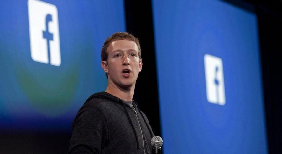 Facebook-stifter Mark Zuckerberg afslørede i går, at han og hans sociale mega-medie arbejder på at lancere en dislike-knap, som giver brugerne mulighed for at udtrykke empati.