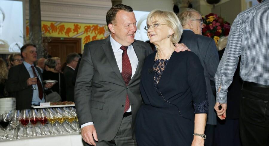 Folketingets formand, Pia Kjærsgaard, fylder 70 år torsdag den 23. februar. Hun fejres i en stuvende fuld Fællessal på Christiansborg, hvor statsminister Lars Løkke Rasmussen (V) taler til hende. Scanpix/Jens Astrup