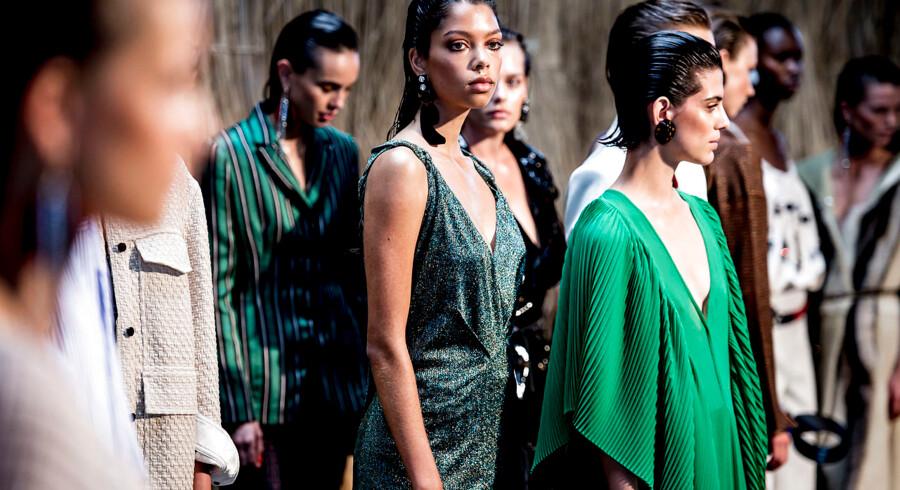 »Jeg har eksempler på forældre, der kommer herind og skjuler, at deres piger har været indlagt på Bispebjerg eller Stolpegården med en spiseforstyrrelse, fordi deres børn gerne vil være modeller,« siger Jacqueline Friis-Mikkelsen, direktør for Unique Models.
