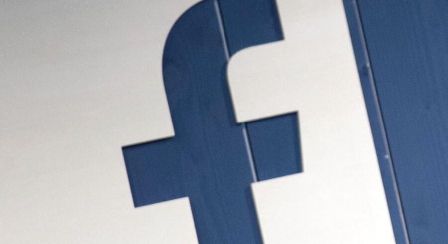 Facebooks enorme dataindsamling betyder stadig flere henvendelser fra myndigheder verden over. Arkivfoto: Daniel Reinhardt, EPA/Scanpix