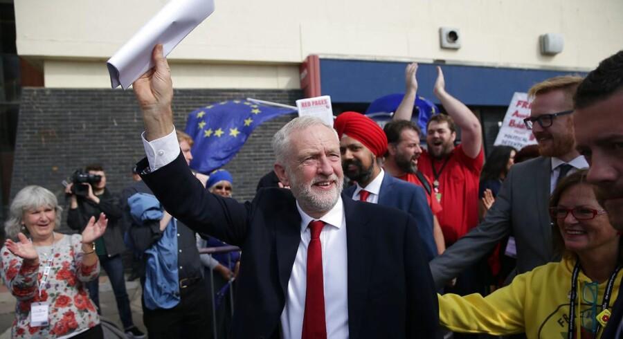 Jeremy Corbyn, lederen af britiske Labour, er klar til at tage magten fra Theresa May.