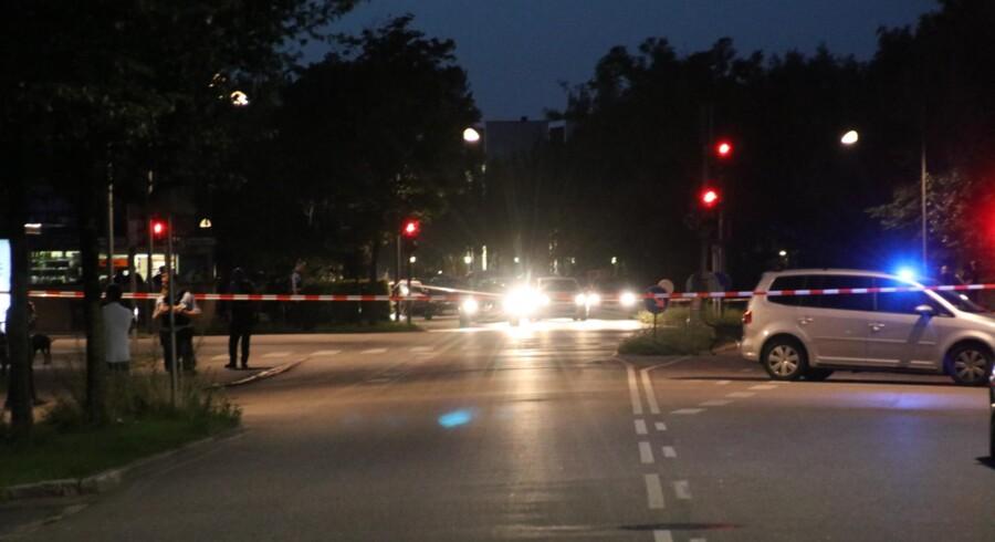 Politiet undersøger området ved Tingbjerg, der er spærret af.