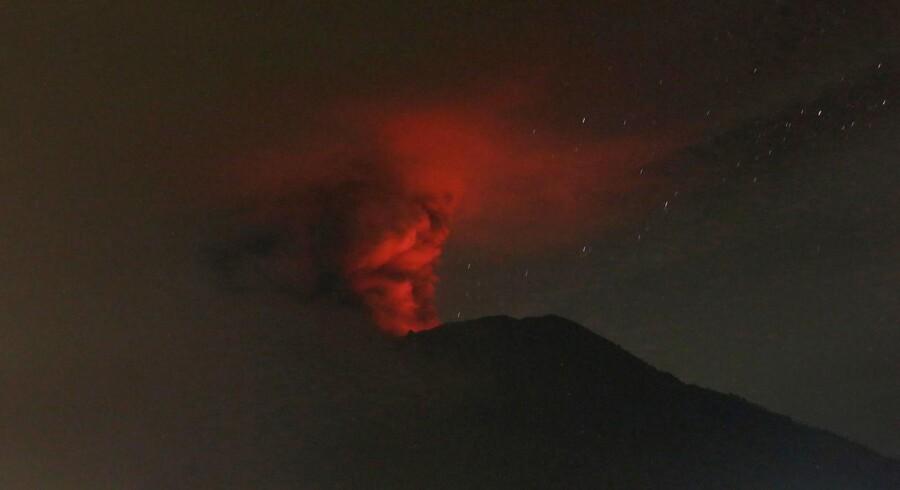 Vulkanen Agung gik lørdag i udbrud for anden gang på en uge.
