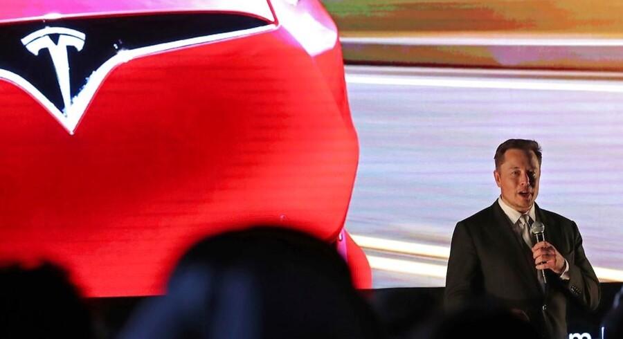 Elon Musk, topchef i Tesla, gør klar til at hente ny kapital til elbilsproducenten.