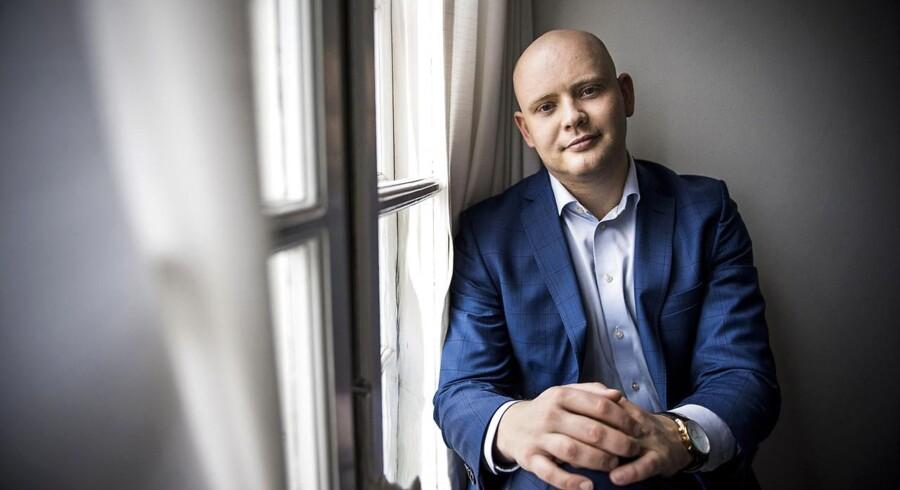 1. oktober forlader Jakob Engel-Schmidt (V) Christiansborg og begynder som direktør hos Niels Brock.