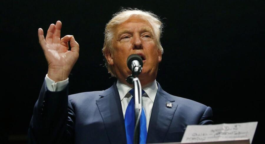 Arkivfoto. »Aktiemarkedet har jo mere eller mindre valgt Hillary Clinton som præsident. Så i det tilfælde, hvor hun vinder, vil den positive markedsreaktion være mindre end det kursfald, som vi vil opleve, hvis Trump vinder,« siger Otto Friedrichsen.