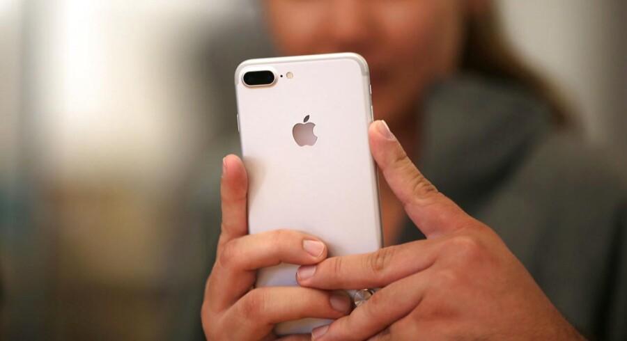 Apple solgte over 41 millioner Iphones i tredje kvartal.