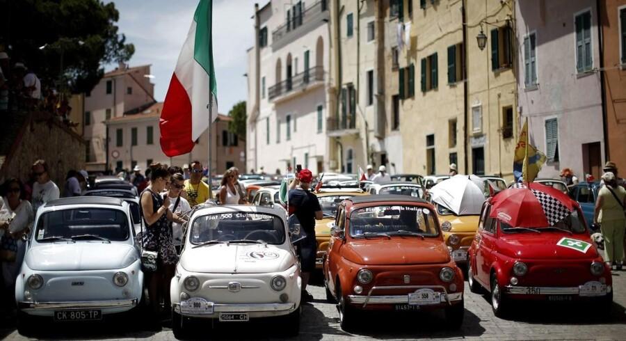 Deltagere i International Rally of Fiat 500 Club Italia, hvor mere end 1200 biler deltog fra hele Euoropa, for at fejre Fiat 500s 70 års fødselsdag den 8. juli 2017. Arkivfoto.