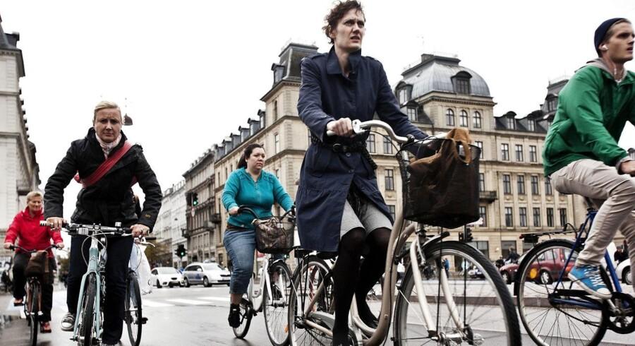 Fem trafiktavler i Københavns kommune skal guide cyklisterne til mindre trængsel