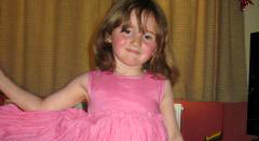 Den femårige April Jones har været forsvundet siden mandag, hvor hun legede med nogle venner.