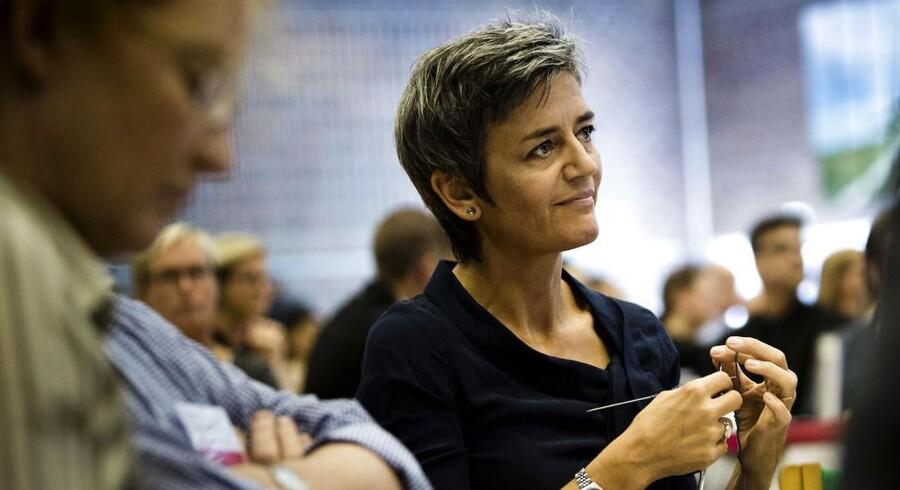Margrethe Vestager får hårde ord med på vejen fra Ellen Trane Nørby og Peter Skaarup efter at regeringen på et internt møde har fremlagt sit lovprogram indtil november.