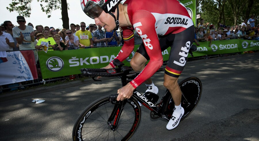 Selv om cykelrytteren Lars Bak for mindre end en måned siden brækkede adskillige knogler, er han klar til at køre Tour de France for sit hold Lotto-Soudal. Scanpix/Nils Meilvang