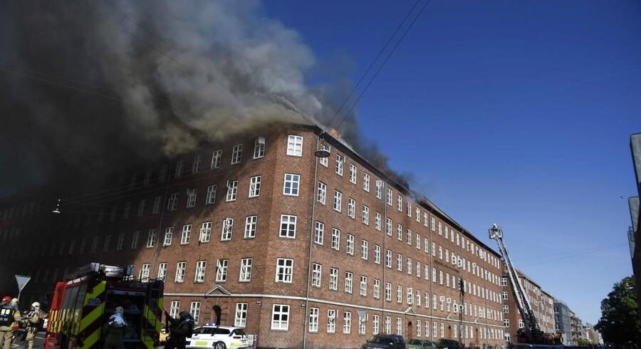 Kraftig brand på Ørnevej i Københavns Nordvestkvarter.