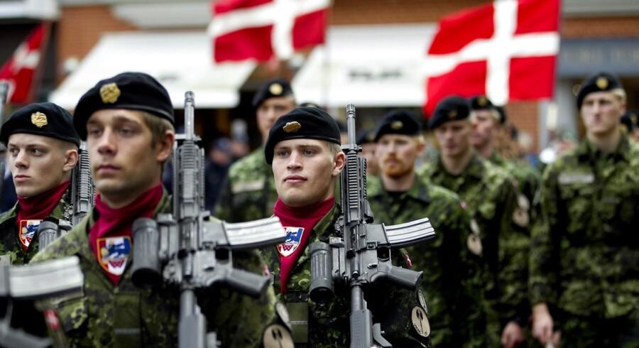 Den Nationale Flagdag onsdag d. 5 september 2012 markeres i Holstebro med en march fra byen til Holstebro kirke. Soldater fra JDR marcherede igennem Holstebro.