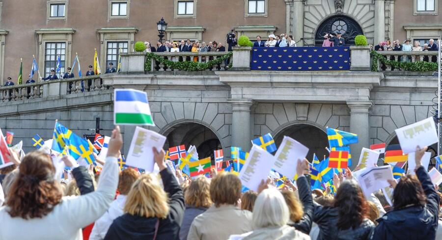 Carl Gustaf indtog den svenske trone i 1973 og er godt på vej mod at blive landets længst siddende monark - en titel han kan indtage i 2018.