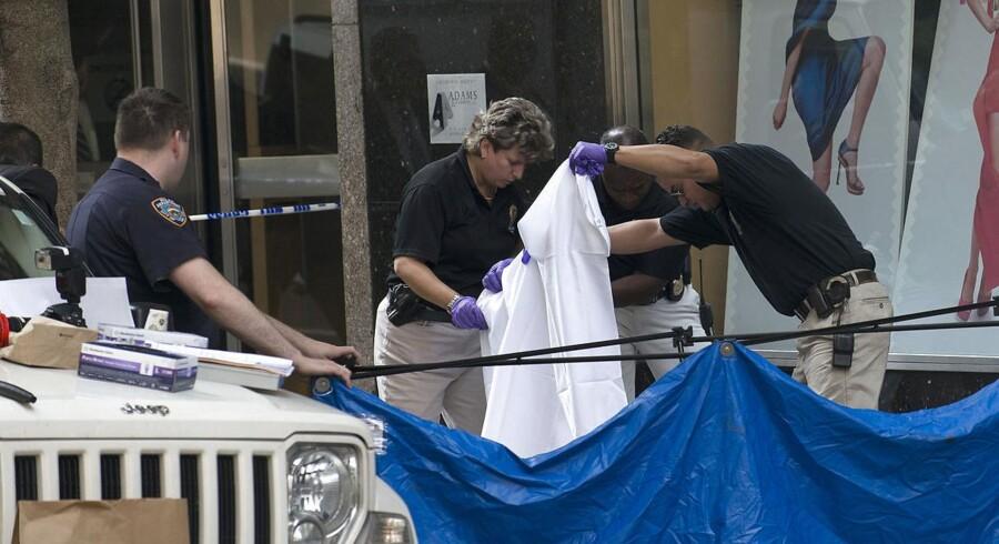 Undersøgelser viser, at det var politiets kugler, der sårede de otte, der blev skudt, da en mand åbnede ild mod sin tidligere chef.