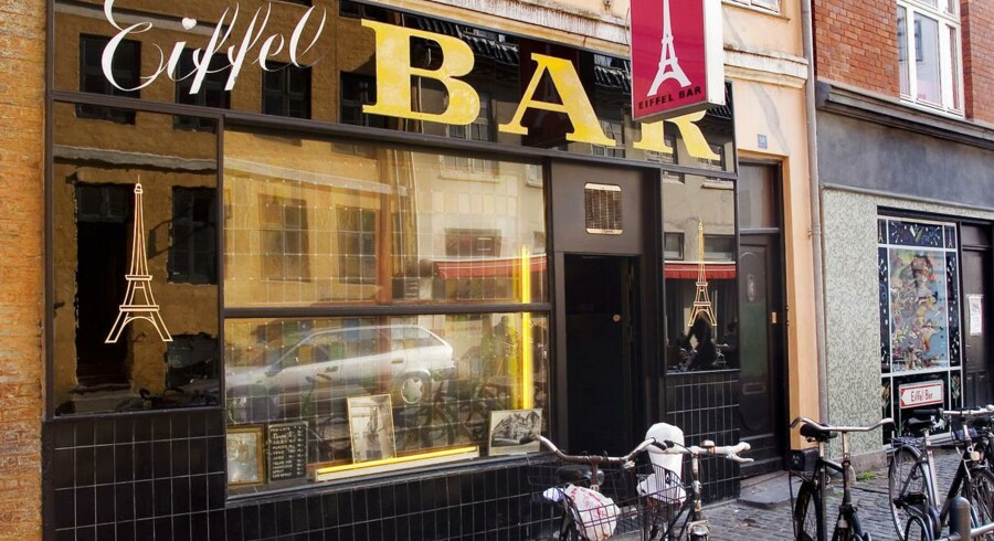 Eiffel Bar er Christianshavns ældste værtshus. Nu får den anbefaling af Newsweek.