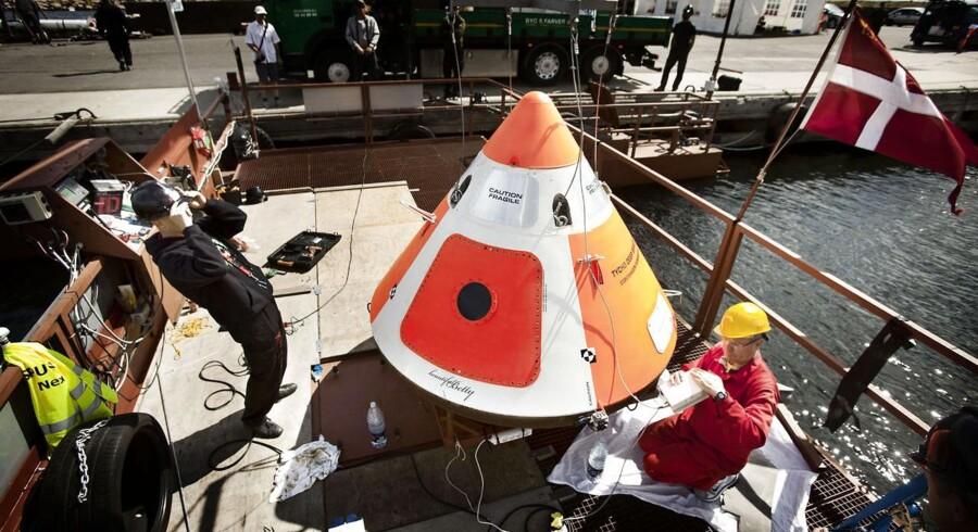 Søndag sendte raketentusiasterne Copenhagen Suborbitals rumkapslen LES til vejrs ved Nexø på Bornholm.