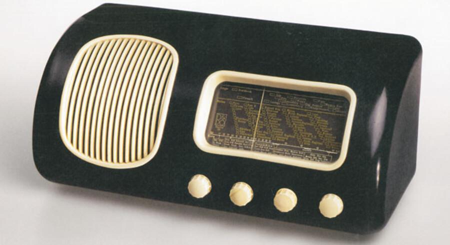 Radioen herover er en »Beolit 39«, altså B&O-design anno 1939.