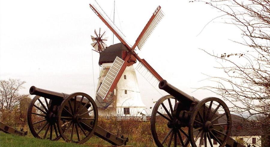 Dybbel Mølle - et nationalt symbol på flere ting. Arkivfoto: Palle Hedemann