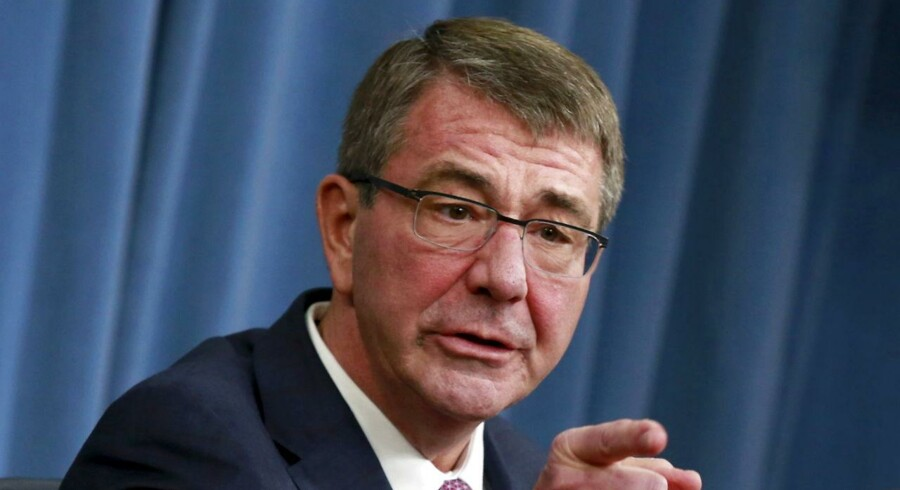 USA's forsvarsminister, Ash Carter, opfordrede mandag Kongressen at give grønt lys til, at fanger i Guantánamo-fangelejren i Cuba kan blive overført til fængsler på amerikansk jord.